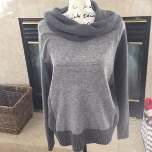 Relativity turtle neck sweater size XL women gray